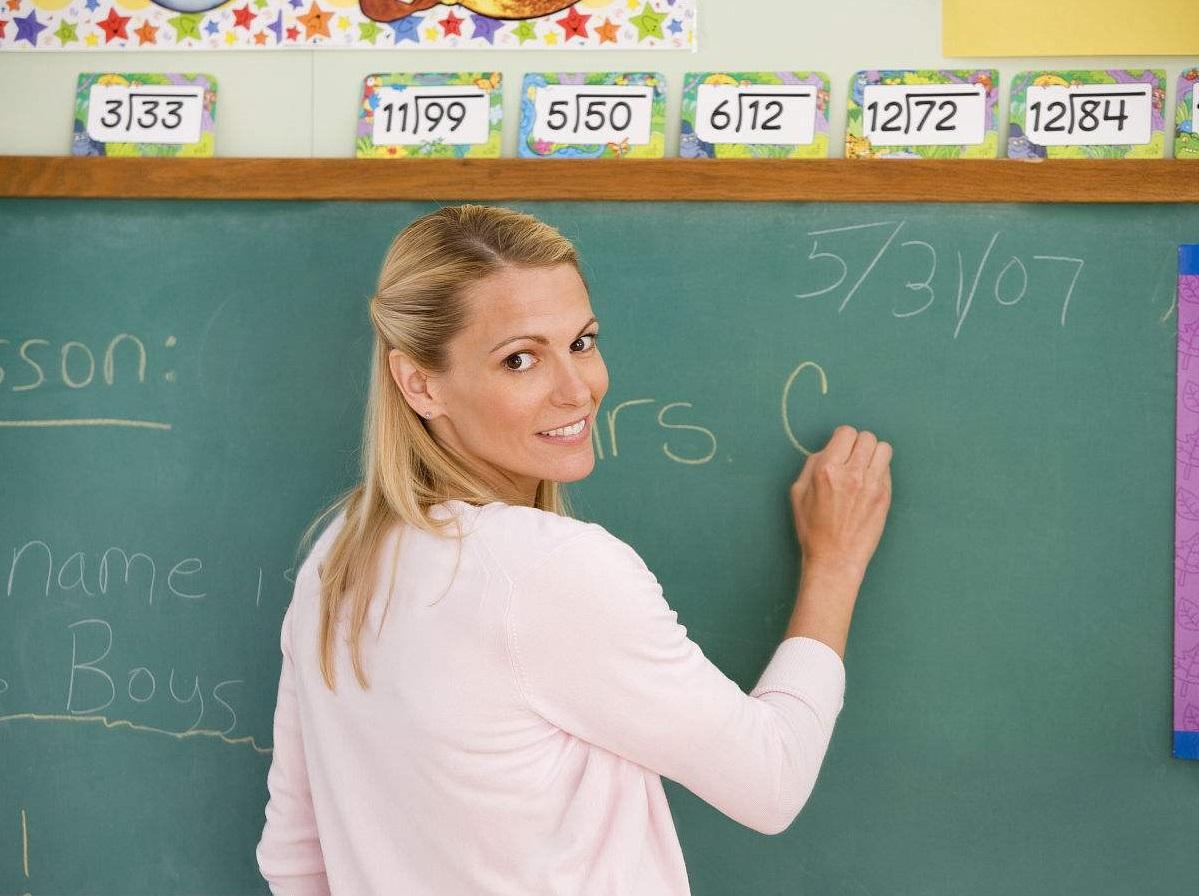 听说,老师读在职研究生更划算?