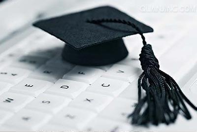 在职研究生课程班有哪些特点?