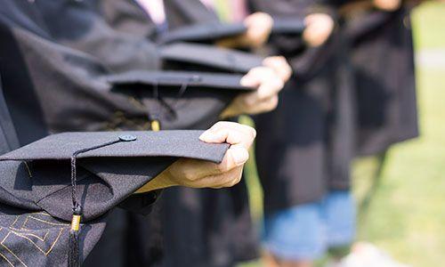 2019年哪种在职研究生拿到硕士学位证书最快?