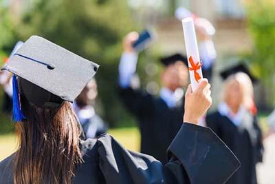国际商务在职研究生学费多少钱?